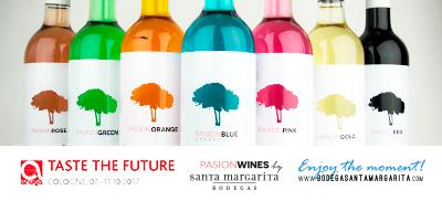 Bodega Santa Margarita Expone en Anuga (Alemania) sus vinos de colores (vino azul pasion Blue)